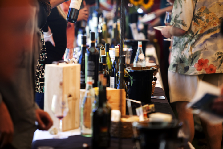 grand tasting at a wine festival