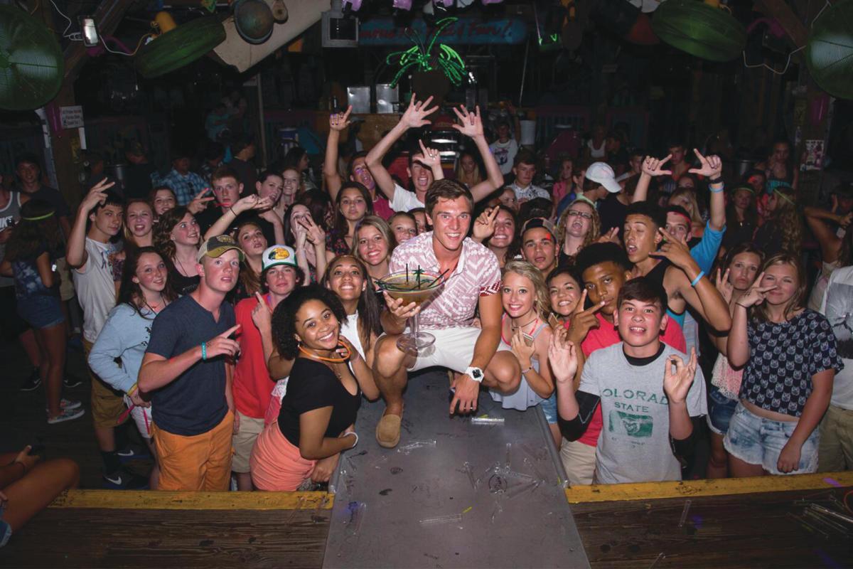 teen night fudpuckers destin west